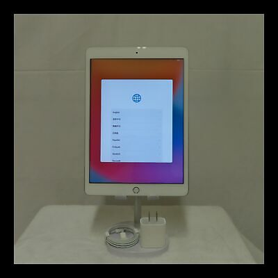 Apple iPad 8th Gen. 32GB, Wi-Fi, 10.2 in - Silver USED