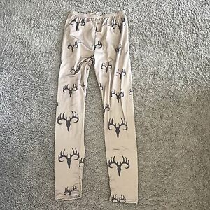 NWOT Deer skull print leggings