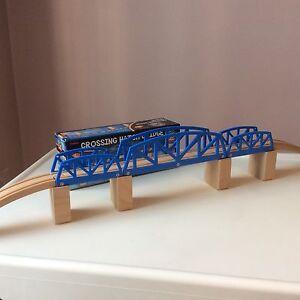 Pont en bois 9 pièces Neuf!!!