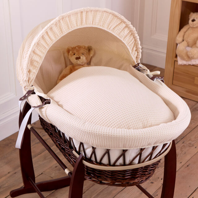 NEW CLAIR DE LUNE CREAM WAFFLE PADDED DARK WICKER BABY MOSES BASKET & MATTRESS
