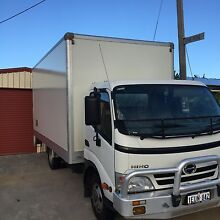 Hino dutro 300 auto 3t ready for work Willetton Canning Area Preview
