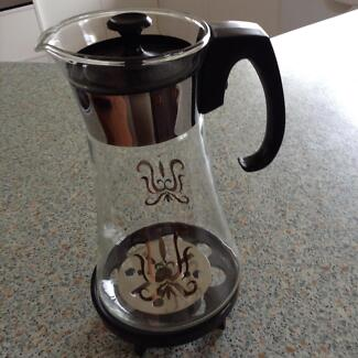 Retro pyrex coffee pot and original burner. Mudgeeraba Gold Coast South Preview