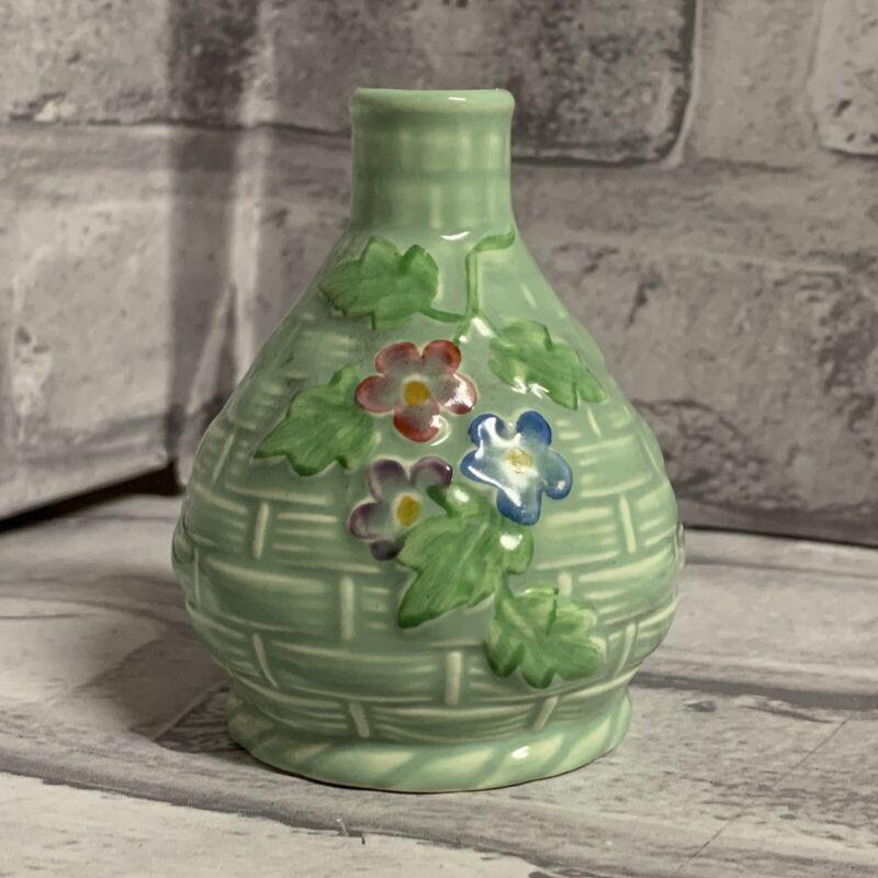 Crown Devon Mini Vase A283 Basket Weave Posies Green