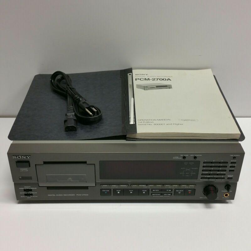 SUPER EXCELLENT Vtg Sony PCM-2700A Digital Audio Tape Player Recorder *NEEDS FIX