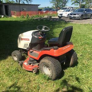 Allis - Chalmers 130  lawnmower