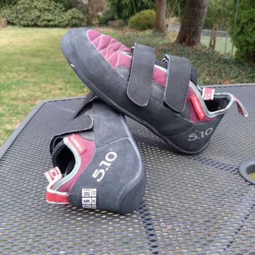 5.10 Stonemaster Size 7 Climbing Shoes w/ Stealth Rubber