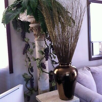 Gold Glitter Vase (HOME DECORATIONS GOLD VASE W/ GOLD GLITTER BAMBOO SHOOTS (12 in x 4-feet)