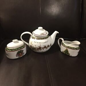 Christmas tea pot set