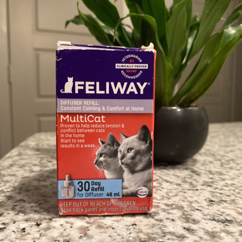 CEVA Animal Health FELIWAY MultiCat Starter Kit for Cats (Diffuser and 48 ml