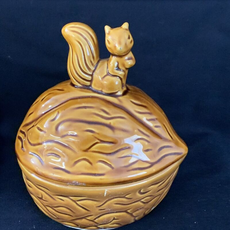 Brown Ceramic Glazed Walnut Shaped Covered Dish Canister Lid with Squirrel Knob