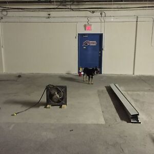 Commercial/industrial  bay for lease