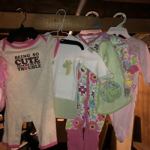 Girls 0-3 mo clothing lot