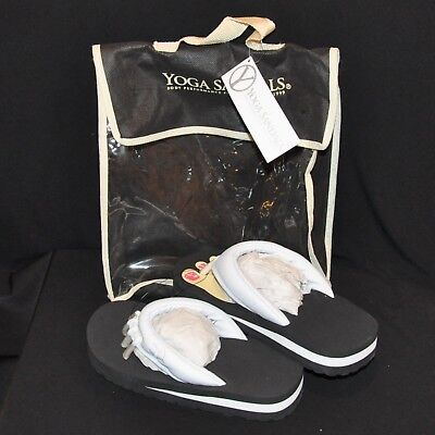 NIP Yoga Beach Sandals Flip Flops White Size Small Pedicures Better Balance