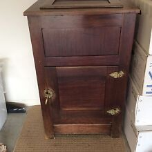 ANTIQUE ICE-CHEST Parrearra Maroochydore Area Preview