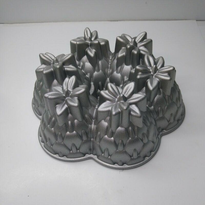 Nordic Ware ALOHA Pineapple Bundt Cake Pan