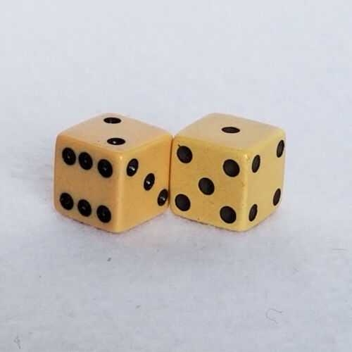 PAIR of RARE BUTTERSCOTCH BAKELITE GAME DICE with BLACK PIPS 15mm SQUARE