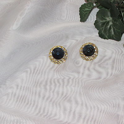 VINTAGE CLIP EARRINGS RHINESTONE LARGE BLUE JEWEL CENTER GOLD TONE RETRO JEWELRY