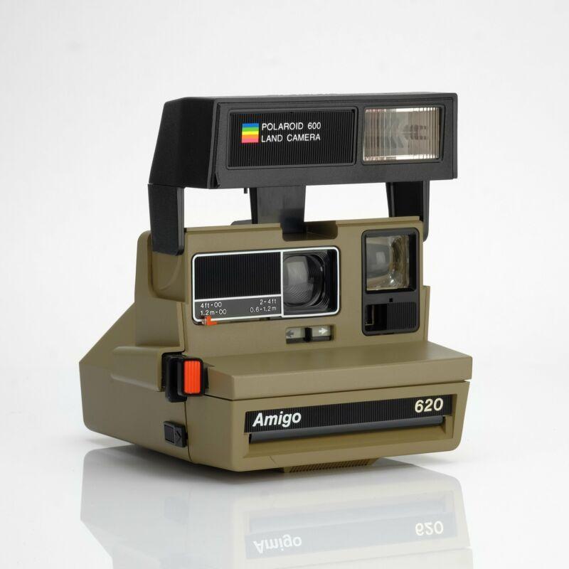 Polaroid Amigo Flash 600 Camera