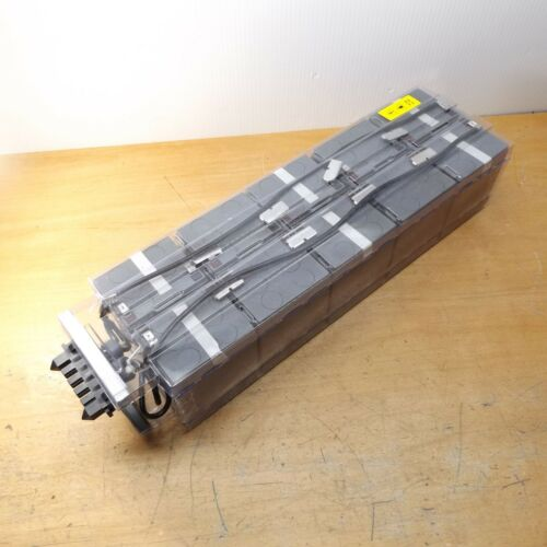 EATON 103005977-551 BATTERY PACK FOR BLADE UPS OLD STOCK MFG DATE 10/2014