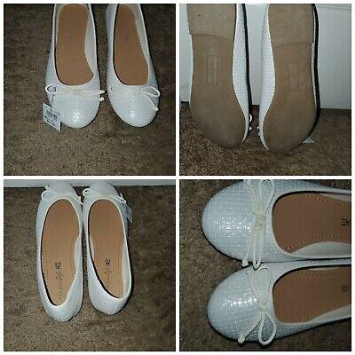 New American Eagle Size 9  Ballerina Slip On Textured Flats Shoes Ivory / White  Textured White Ballerina