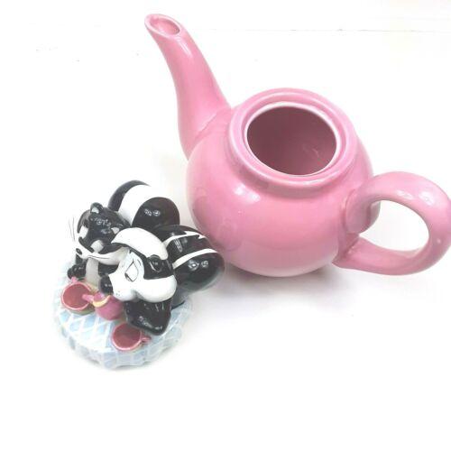 Vintage Warner Bros.  PEPE Le PEW & PENELOPE Pussycat Pink Teapot (1998)