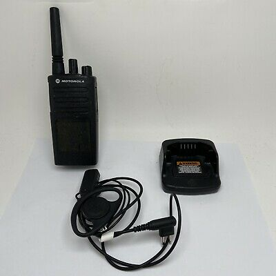 Motorola XT420 Walkie Talkie Two Way Radio New Charger UK Plug And D. B Lot