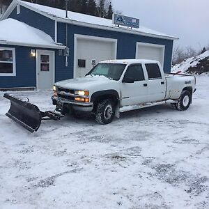 4x4 Chevy Dually 3500 with plow