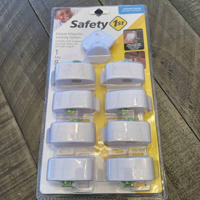Safety 1st Magnetic Locking System 8 Locks + 1 Key Child Cabinet Magnet NIP