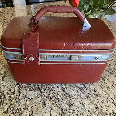 Vintage Samsonite Profile II Train/Cosmetic Case Burgundy With Tray. No Key