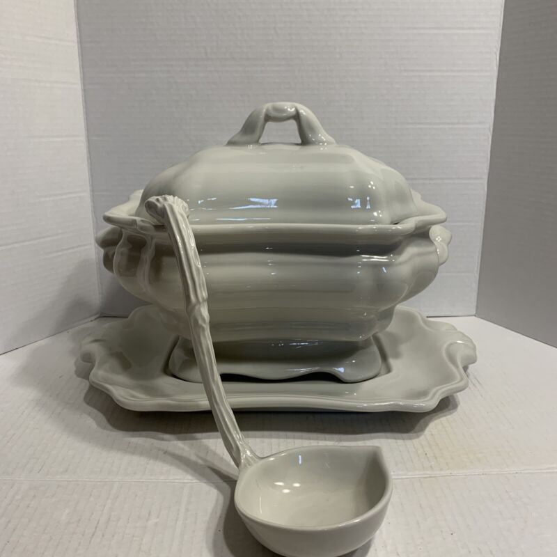 LARGE RED-CLIFF IRONSTONE SOUP TUREEN, UNDERPLATE AND LADLE Dinner Party Wedding