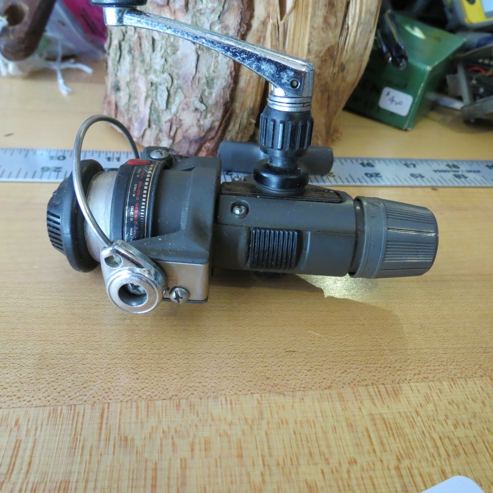 Shimano AX100 spinning fishing reel made in Japan (Lot#11590)