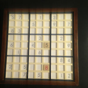 Sudoku en bois - Sudoku in wood