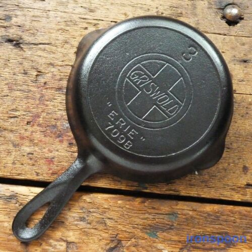 Antique GRISWOLD Cast Iron SKILLET Frying Pan # 3 LARGE SLANT LOGO - Ironspoon