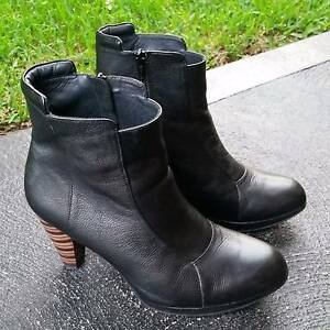 Womens leather boots size 39&1/2 Maitland Maitland Area Preview