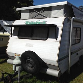 Windsor Little shuttle Pop Top Caravan