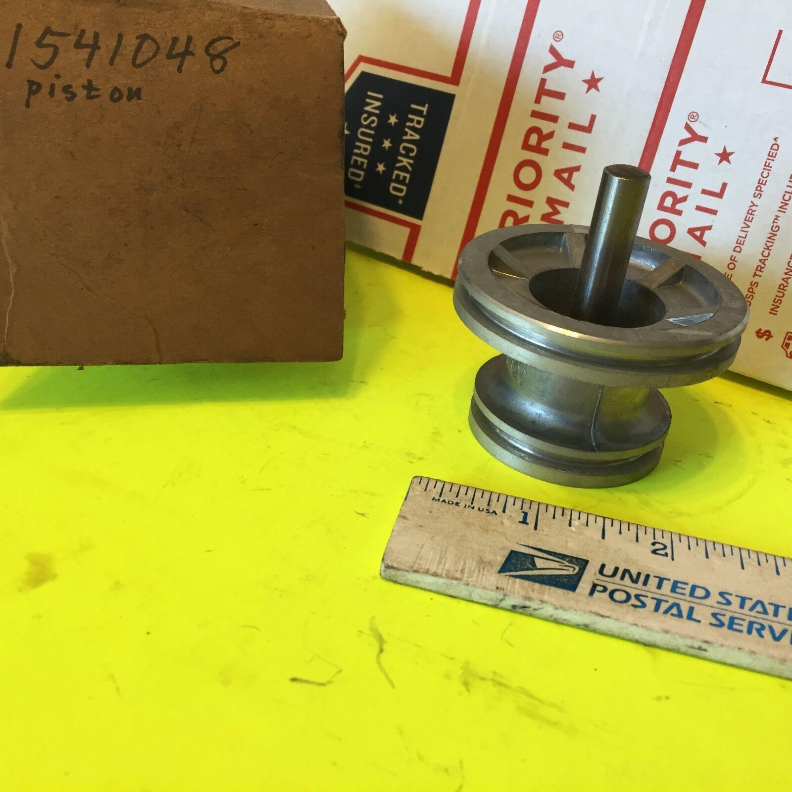 Studebaker transmission,  piston;  1541048.    Item:  6061