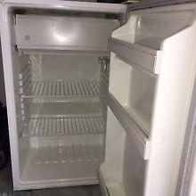 Fridge freezer Knoxfield Knox Area Preview