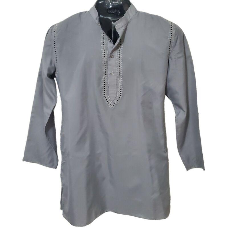 African Men Mid East Style Grey Top