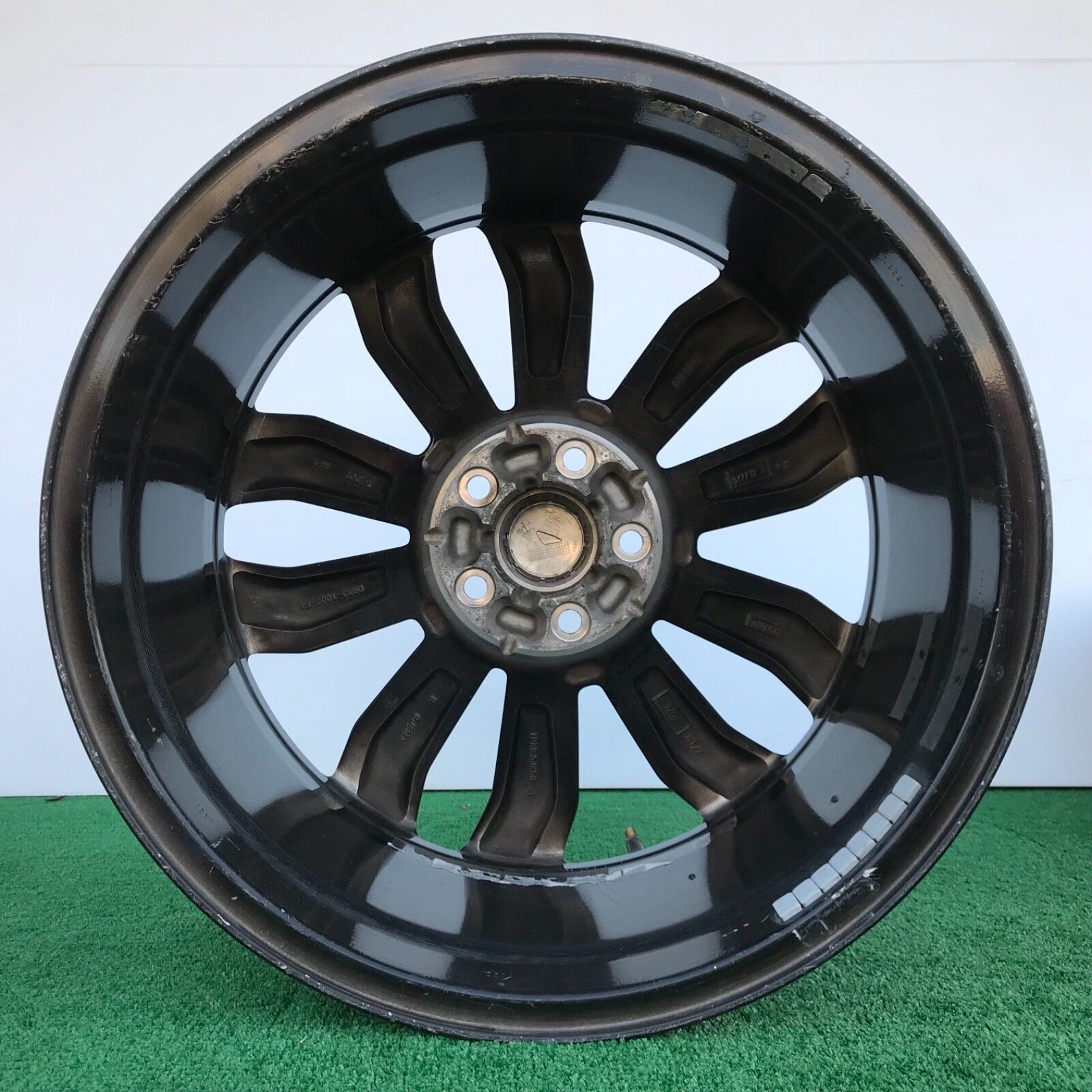 Used 2005 Ford GT Wheels & Hubcaps for Sale