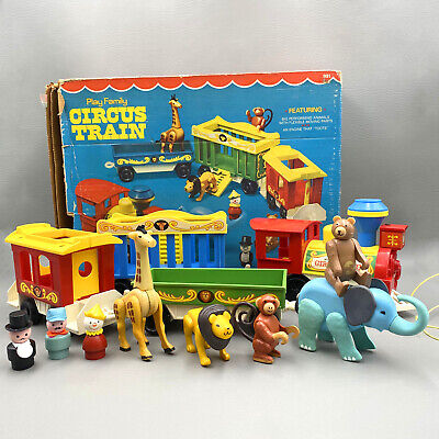 Vintage 1973 Fisher Price Little People Circus Train 991 Animals People COMPLETE