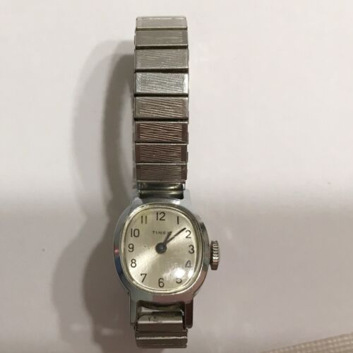 Vintage Timex Women's Watch Wind Up Not Working For Parts Or Repair