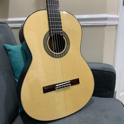 Fender CG21S Classical Guitar, Solid Spruce Top- Rosewood B/S,- MINT!.