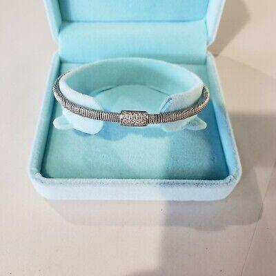 Wow! 18k white gold and diamond 'cuff' Elegant Bracelet, Each End Is Marked 750. Gold Diamond Cuff Bracelet
