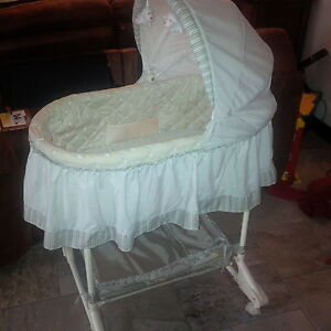 billy bassinet