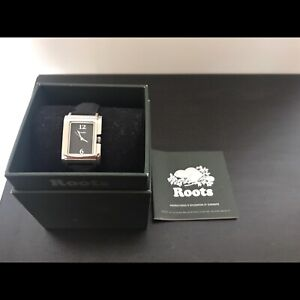 LADIES ROOTS WATCH NEW NEVER SET