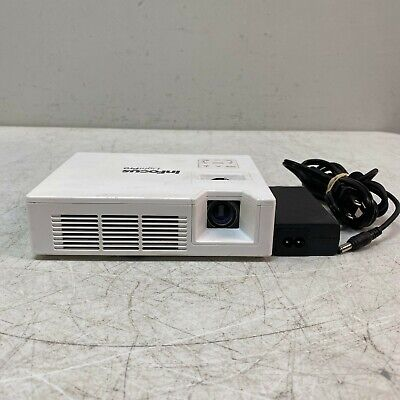 InFocus IN1146 Mobile LED Projector, 1000 Lumens, HDMI TESTED AND WORKING