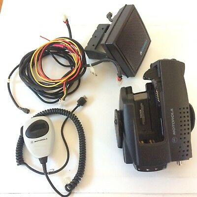 Motorola Xts5000 Xts3000 Xtva Convertacom Charger With Speaker Mic Cords