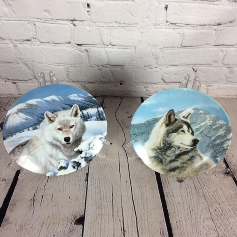 "Wolf Collectors Plates  Wild Spirits Collection ""Solitary Watch"" &""Timber Ghost"""