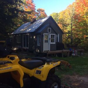 Off the Grid Camp for rent between Kaw Highlands & Algon. Park!
