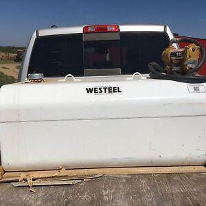 450 l Westeel slip tank